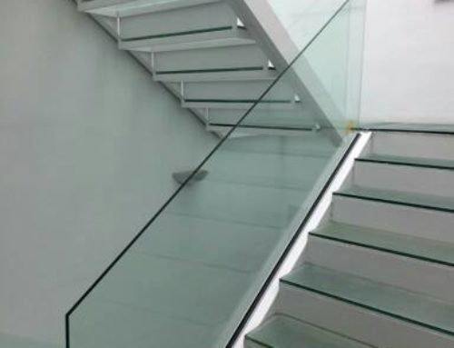 Espectaculares escaleras de vidrio