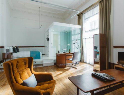 Consigue lograr espacios más amplios con la arquitectura de vidrio